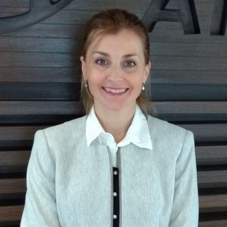 LILIANA KUHARO