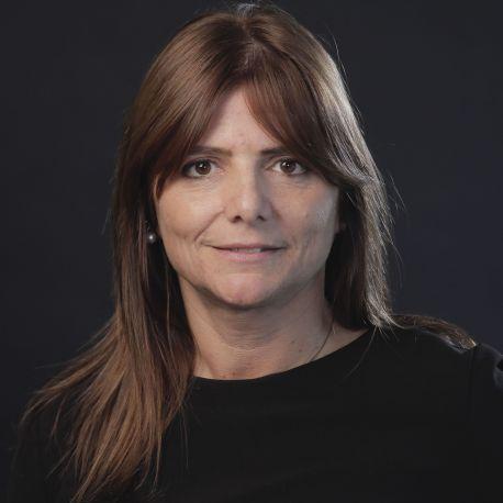 LAURA BARNATOR