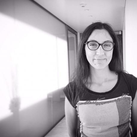 DANIELA LUCENA