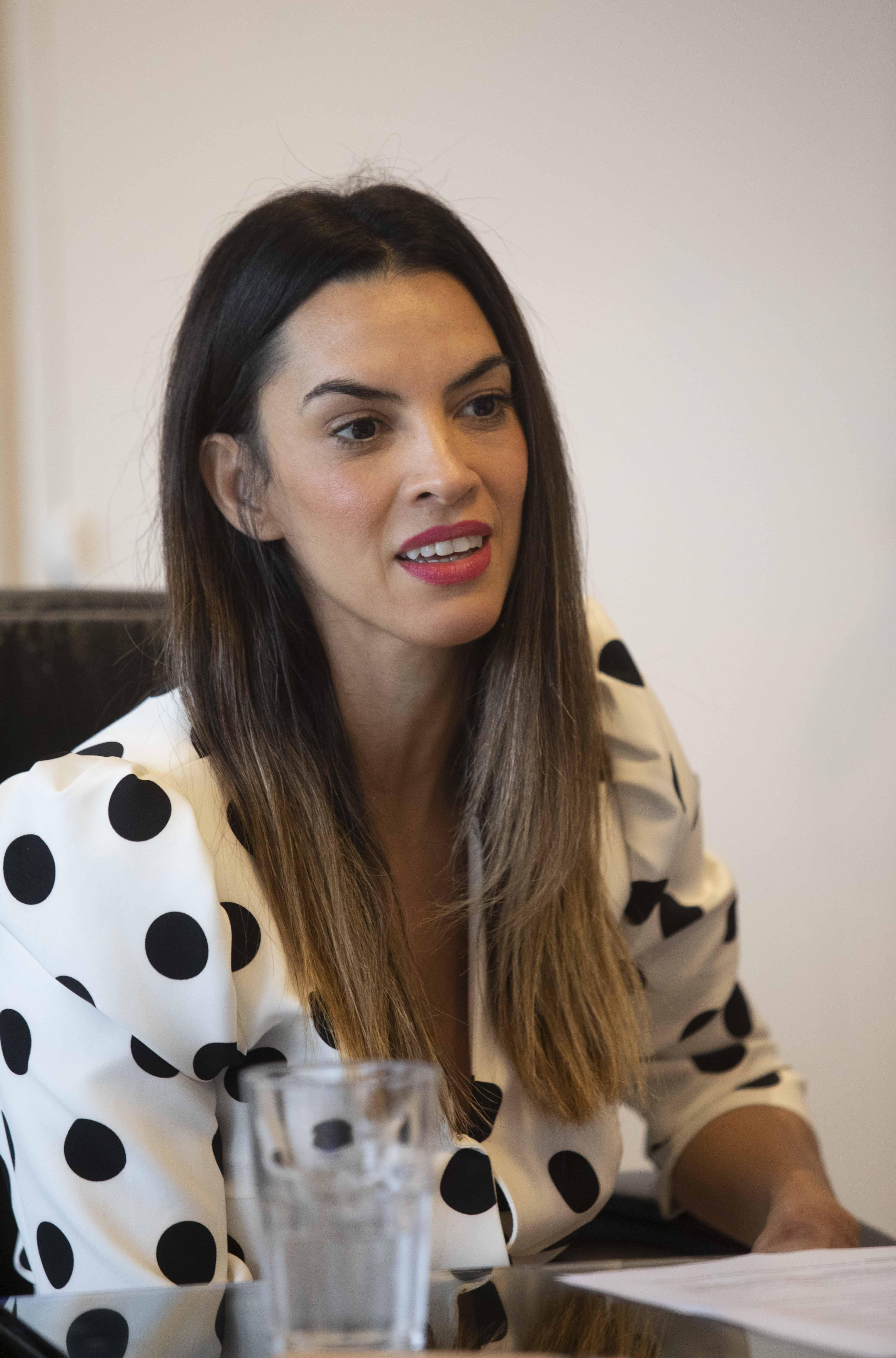 YANINA MARTINEZ